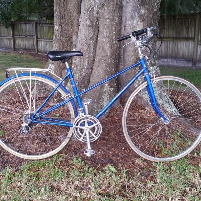 Suteki road bike for Sharethis com https